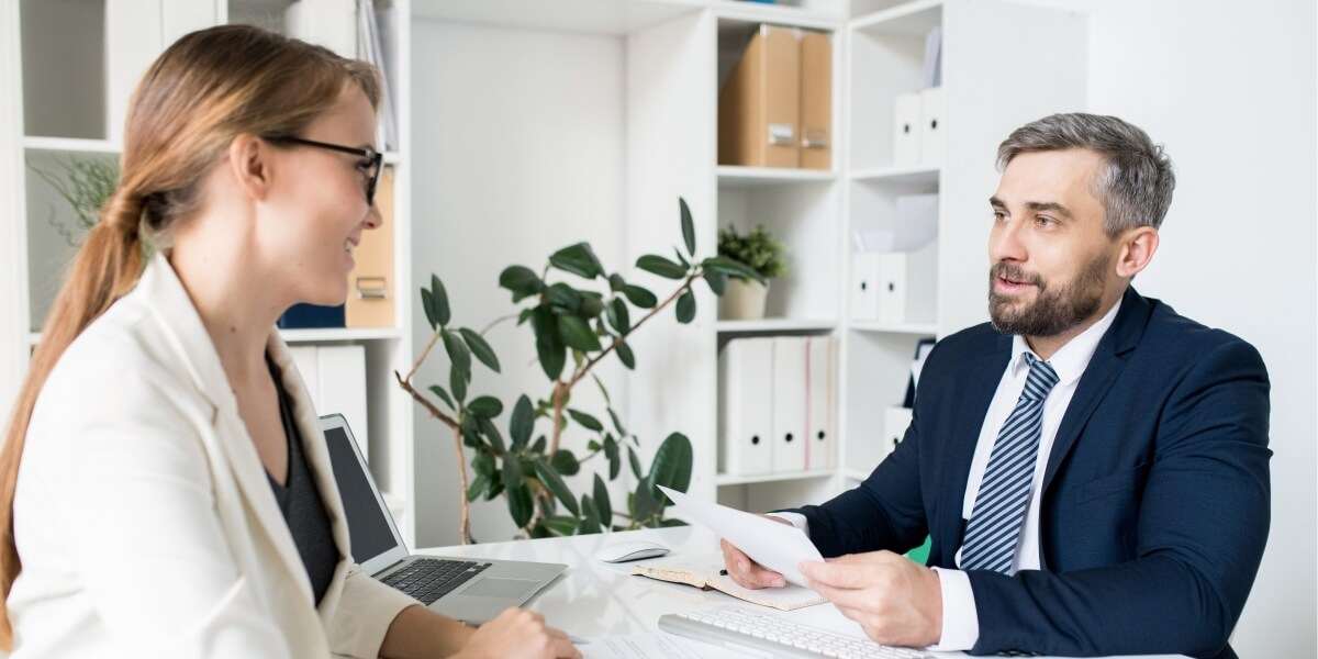 Woman offers outplacement as part of your Employee Value Proposition